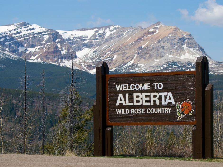 Alberta Canada welcome sign